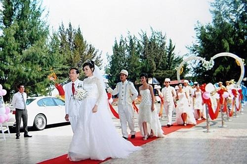 Đám cưới xa hoa của cặp đôi. (Ảnh: Dân Trí)