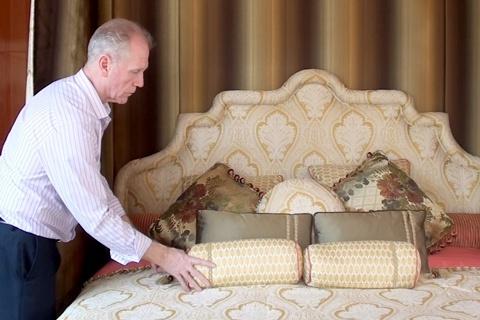 Cận cảnh chiếc giường 6 tỷ đồng của đại gia Lê Ân. (Ảnh: Vietnamnet)