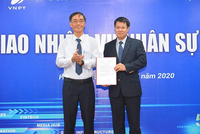 Ông Nguyễn Trường Giang giữ quyền Tổng giám đốc VinaPhone