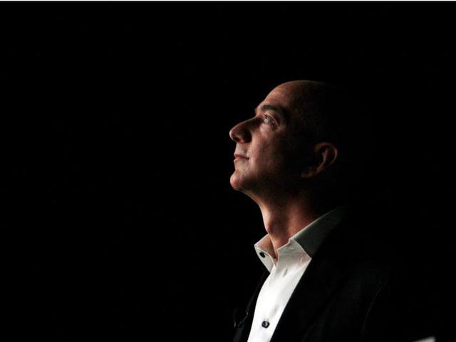 Jeff Bezos xây dựng đế chế 1.400 tỷ USD và trở thành người giàu nhất thế giới như thế nào? - Ảnh 2.
