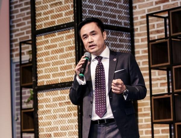 """Vén màn sự nghiệp, gia tài đồ sộ của """"Cá mập"""" Louis Nguyễn"""